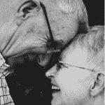 Mann und Frau. In welchem Alter verdient man am besten?